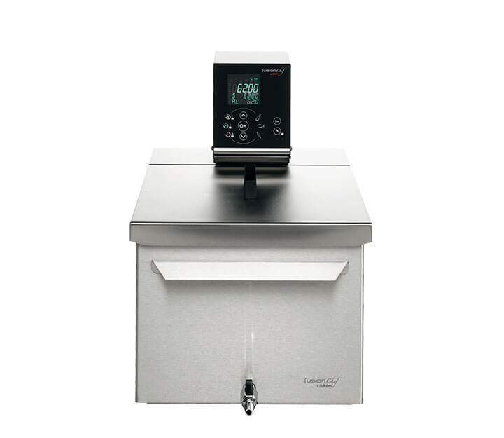 Sous vide cooker Diamond M front