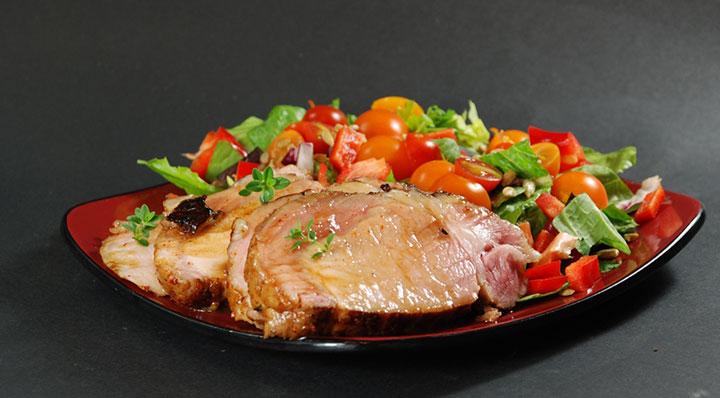 Glazed sous vide pork tenderloinGlasiertes Schweinefilet Jasonlogsdon
