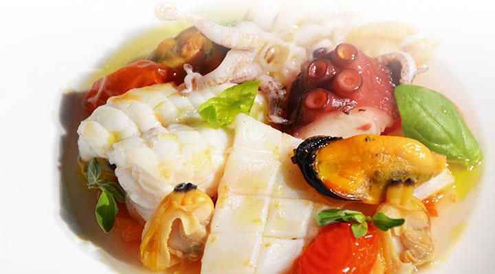 Sous Vide Eintopf von Fisch und Meeresfrüchten