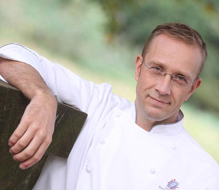 Sous vide chef Nils HenkelNils Henkel