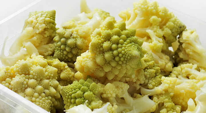 Romanesco broccoli sous videRomanesco Rezept Miessmer Fotolia 61706464