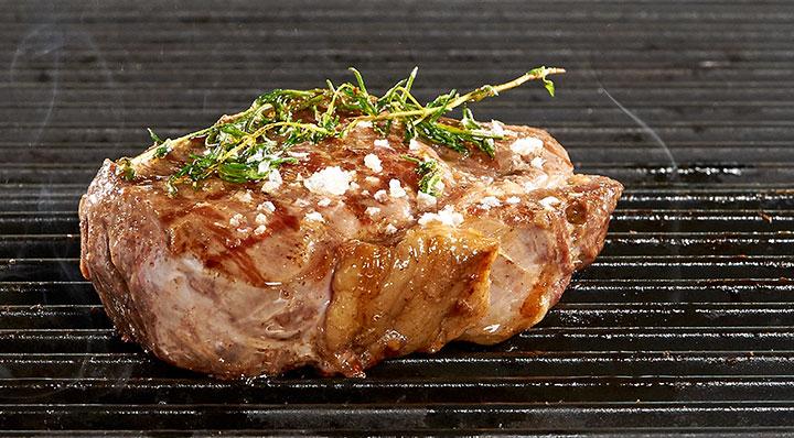 Sous vide SteakSteak Effilee