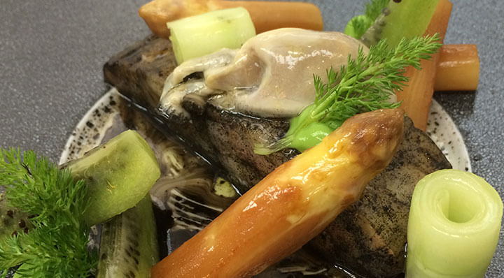 Sous vide turbot with OystersSteinbutt Marcrennhack