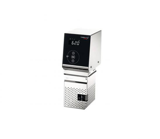 Sous vide cooker Pearl right