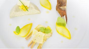 Variationen von der Sous Vide Artischocke: Luftiger Auflauf an Salat und in Öl gegarten ArtischockenArtischocken Variatione Daniloange