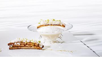 Crème de chou-fleur sous vide au Ras el-HanoutBlumenkohlsuppe Ras El Hanout Heikoantoniewicz