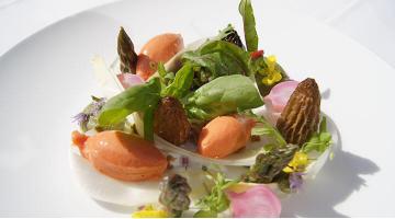 Spring vegetables sous videFruehlingsgmuese Andreastuffentsammer