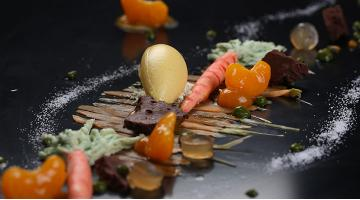 Sous vide variations on carrots, mandarins and parsleyKarotte Mandarine Petersilie Timschlatter