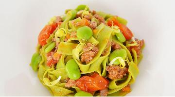 Parsley tagliatelle with simmered sous vide ragoutPetersilien Tagliatelle Ragout Daniloange