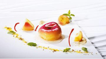 Peach sous vide with corn and nougatPfirsich Mais Nougat Heikoantoniewicz