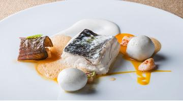Trout and sea bass sous videWolfsbarsch Forelle Alexvidal