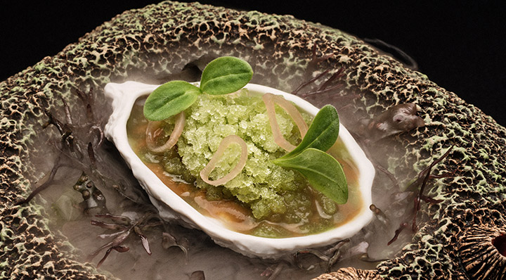 Warme Auster mit Marinade Sous VideWarme Austern Erlantzgorostiza